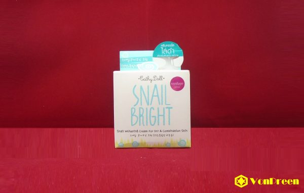 Kem Snail Bright Cathy Doll